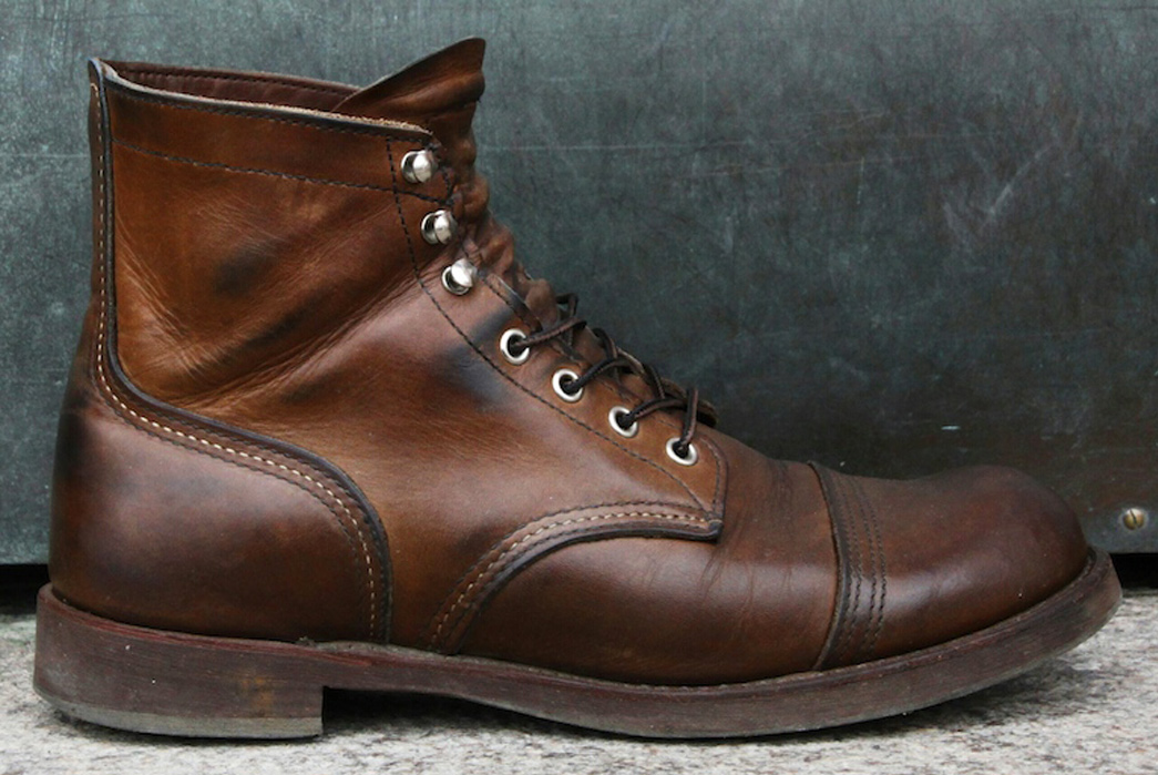 Fade-of-the-Day-Red-Wing-8111-Iron-Ranger-Side